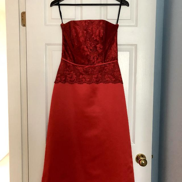 752098eaaca Best Red Mid-length Dress With Lace Detail for sale in Richmond ...