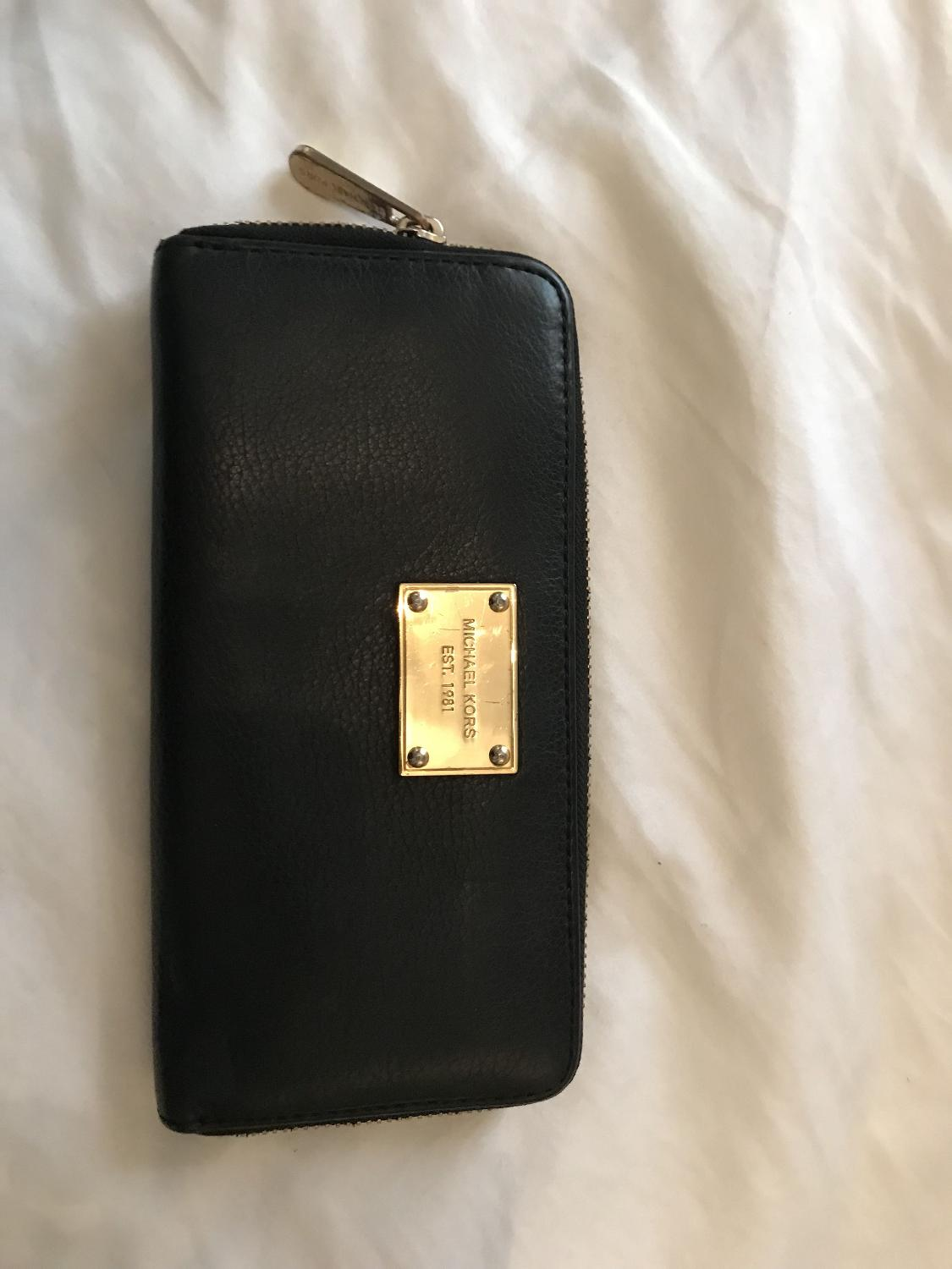 c08085b69753 Best Michael Kors Wallet for sale in Victoria, British Columbia for 2019