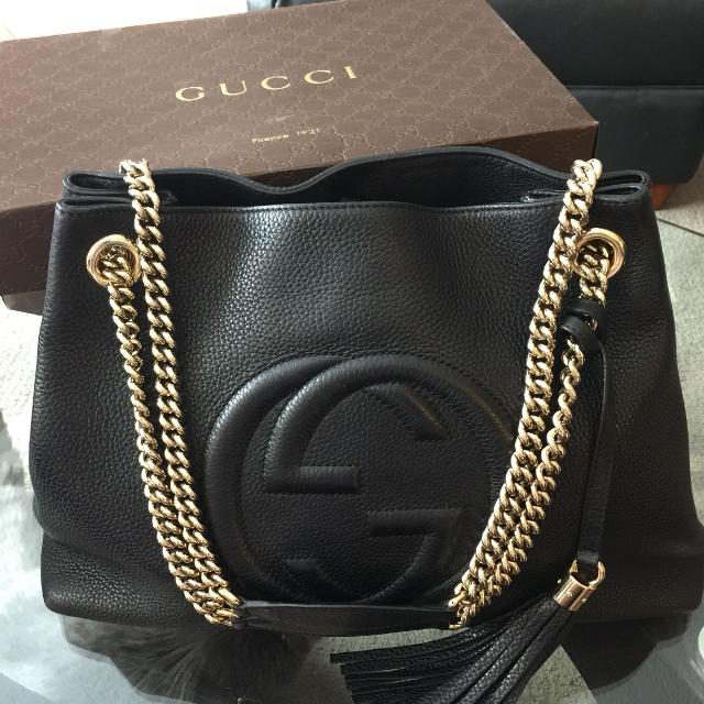 ac083ec3feb3b6 Find more Authentic Gucci Pebbled Calfskin Medium Soho Chain ...