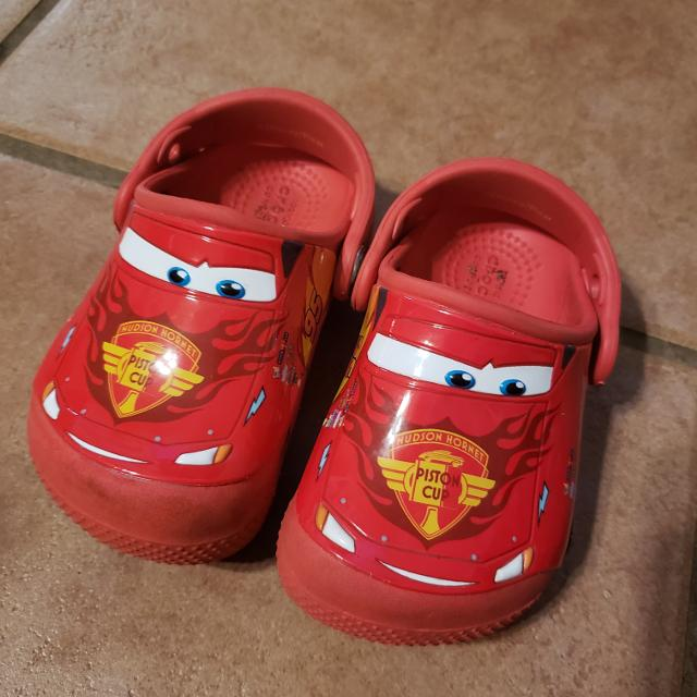 c7d8cbbd931 Find more Lightning Mcqueen Crocs for sale at up to 90% off