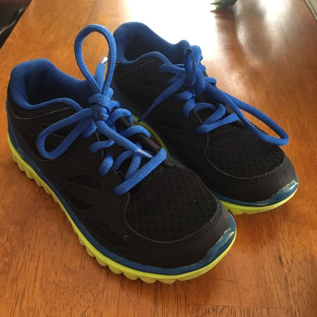 5957b87b8c4f30 Find more Boys Size 1  Used Only As An Extra Pair Of Gym Shoes At ...