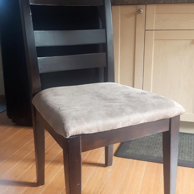 Best Dining Room Chair For Sale In Victoria British Columbia 2018