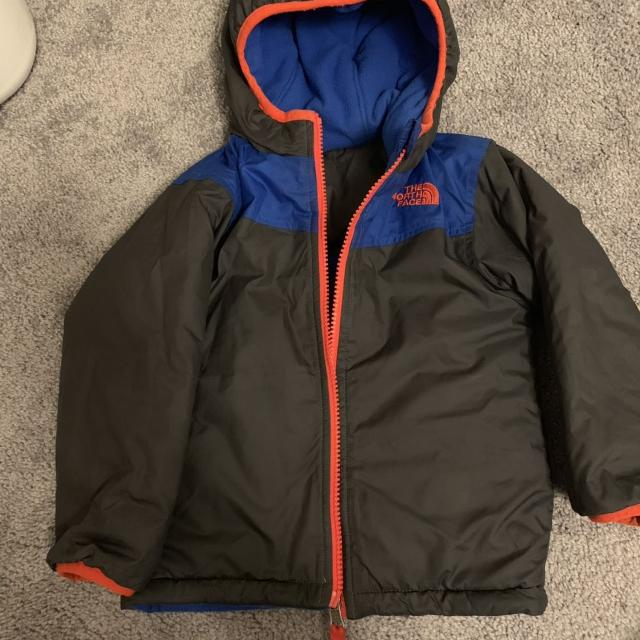 5c3b834c7 Best North Face Toddler Boy Reversible Jacket 2t for sale in Calgary,  Alberta for 2019