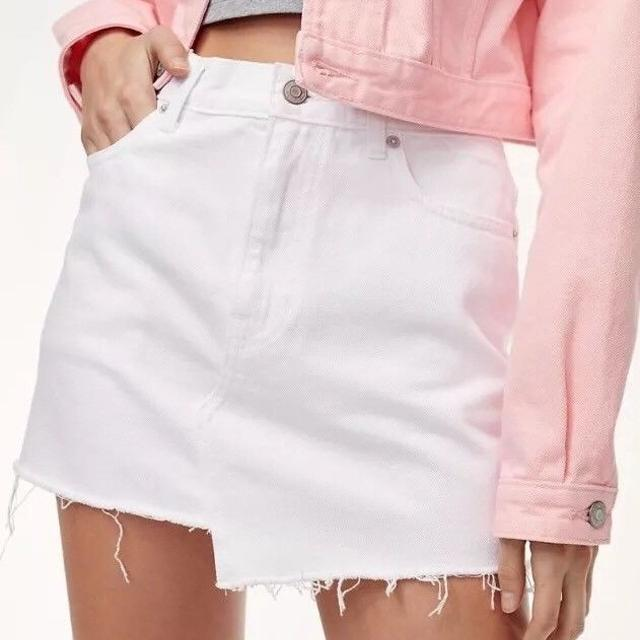 99c039f1e Best Aritzia Tna Testani Women's Denim Skirt Zip Front 5 Pocket White Size  6 for sale in Brampton, Ontario for 2019