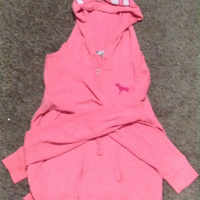 557dcb8155d5c2 Best Bright Pink Sweater for sale in Airdrie