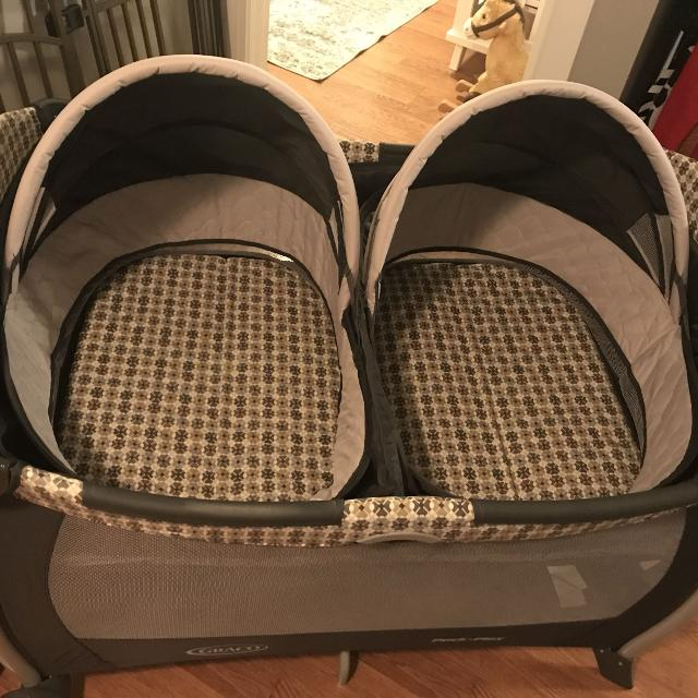 Best Graco Pack N Play Playard With Twins Double Bassinet For Sale