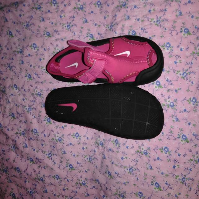 4a216ee404a8 Best Pink Nike Sandals water Shoes Size 8 for sale in Gardner ...