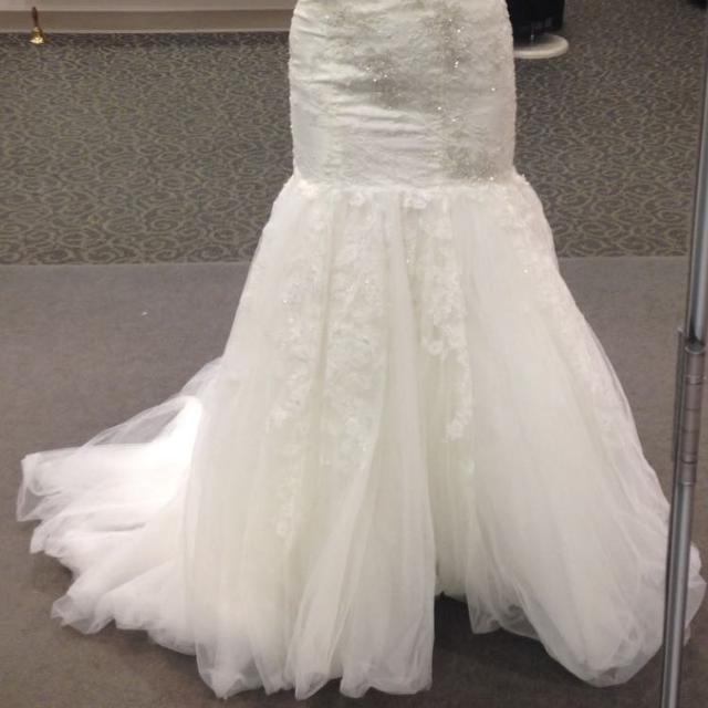 Best Oleg Cassini Wedding Gown for sale in Nashville, Tennessee for 2018