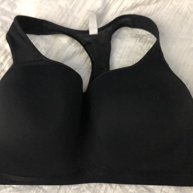 21bd1362da Find more 38dd Under Armour Sports Bra for sale at up to 90% off