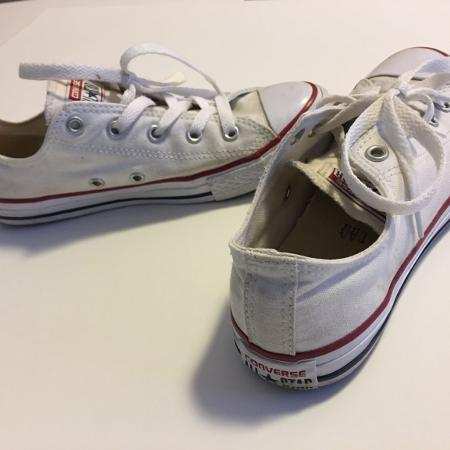 66652a52910 White Converse Chucks Youth Size 3 or Women s 5.5 6