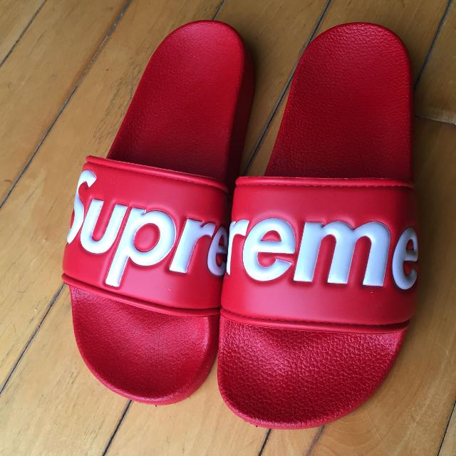 e645d506f Best Supreme Slides (flip Flops) Brand New for sale in Keswick, Ontario for  2019