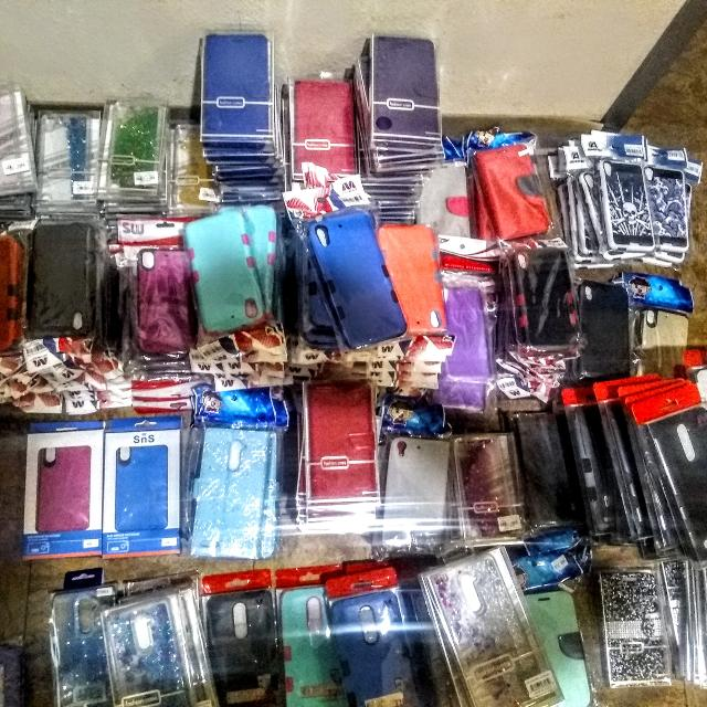 Cell phone cases sold in bulk