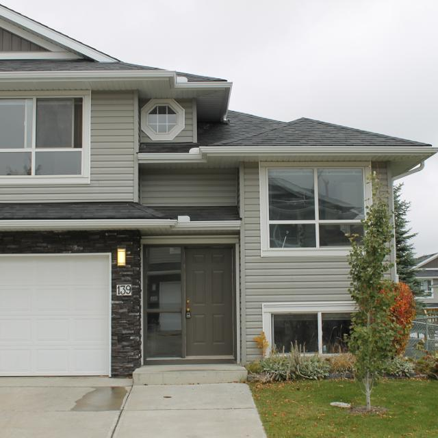 Apartments In Reno Oh: Find More Rent To Own This Newly Renovated 2 Bedroom Split