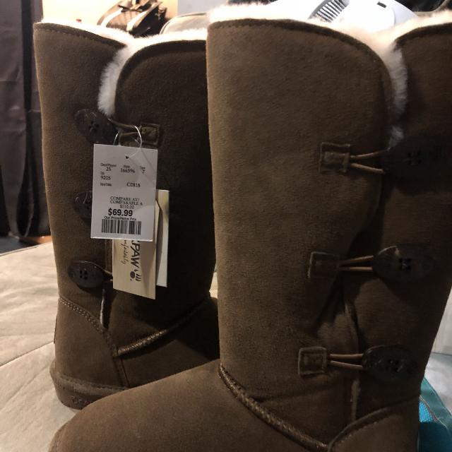 af7a7451760 New with tags size 6 bear paw boots exact same features as UGGS $110 retail  $70 winners