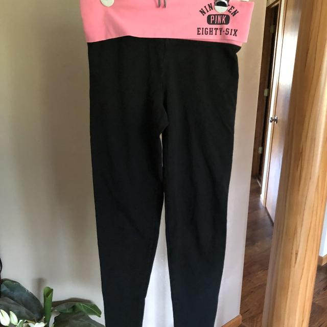 99e21eb60b139 Best Victoria's Secret Pink Yoga Pants Size Xs for sale in Appleton,  Wisconsin for 2019