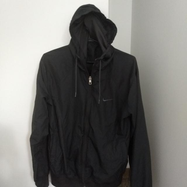 41afc1fabf15 Find more Nike Windcheater for sale at up to 90% off