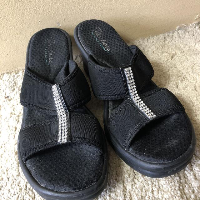 3f21e25ae635 Find more Sketchers Black Bling Sandals  Size 10 for sale at up to ...