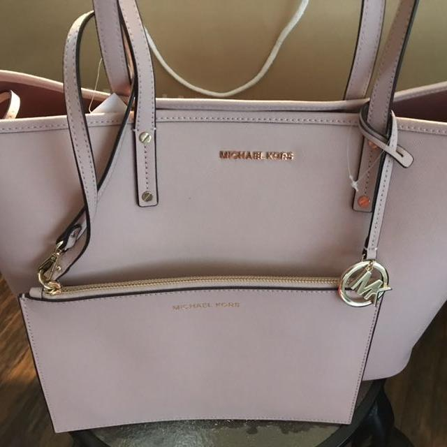 7990773f070e Find more Michael Kors Blush Pink Leather Tote Combo - Brand New for ...