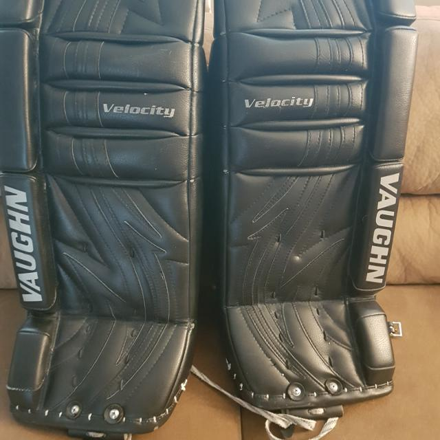 06c74cde455 Find more Vaughn Velocity Goalie Pads 26+1 for sale at up to 90% off