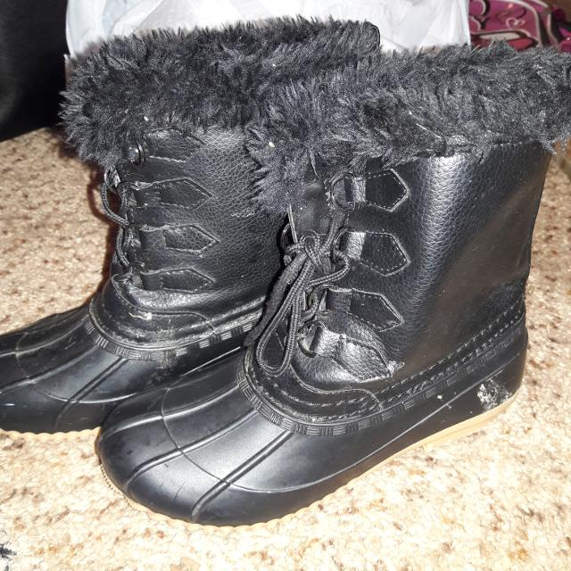 fafab06f1d0b Best Nice Girls Boots Size 3 for sale in Moore