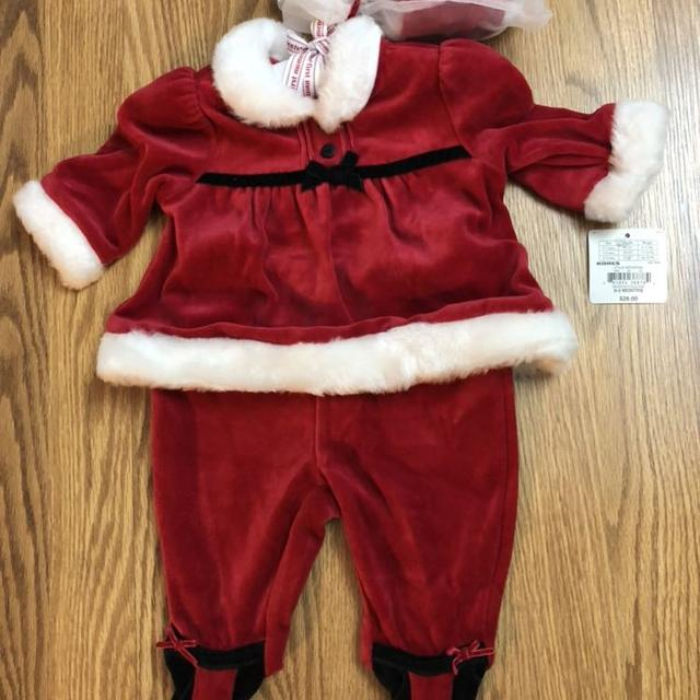 e8a4053d0 Best Girls New 3pc Santa Outfit. 0-3 Months for sale in Brazoria County,  Texas for 2019