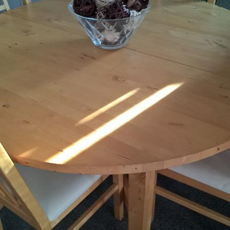 Solid round Oak dining room table for sale  Canada