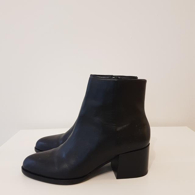 6620ddd9c359c Best New Sam Edelman Joey Black Leather Boot for sale in Vancouver ...