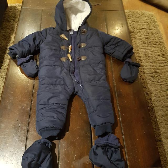 27a446c60 Find more One Piece Snowsuit With Mitts   Booties 12-18 Months (navy ...