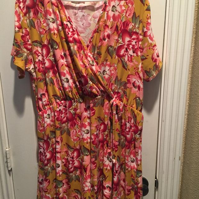 519eab27a45 Find more Super Cute Summer Dress. Size 12. for sale at up to 90% off