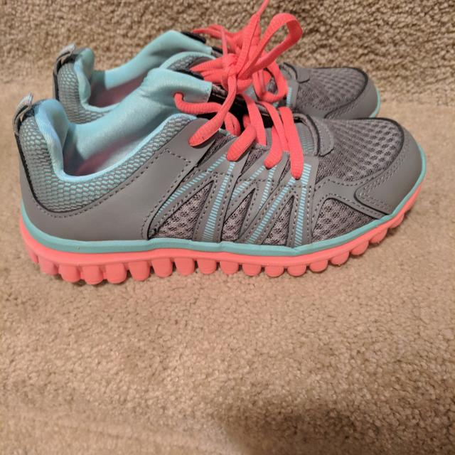 09c72e3b39d Find more New - Girls Champion Shoes Sz 2 for sale at up to 90% off