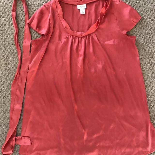 6207fc03c6445 Best Coral Motherhood Maternity Shirt - M for sale in Victoria, British  Columbia for 2019