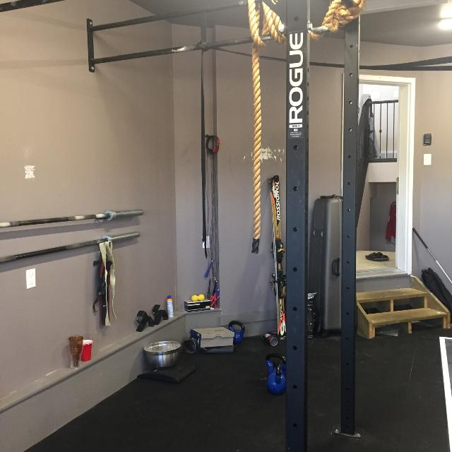 Find more rogue w  wallmount rig for sale at up to
