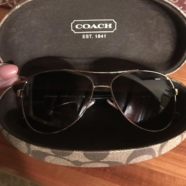 97d637d30494 Find more Coach Aviator Sunglasses for sale at up to 90% off