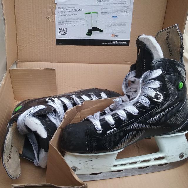 f0990c7680ef36 Best Hockey Skates Reebok 20k Jr. 3.5 D for sale in Dollard-Des Ormeaux