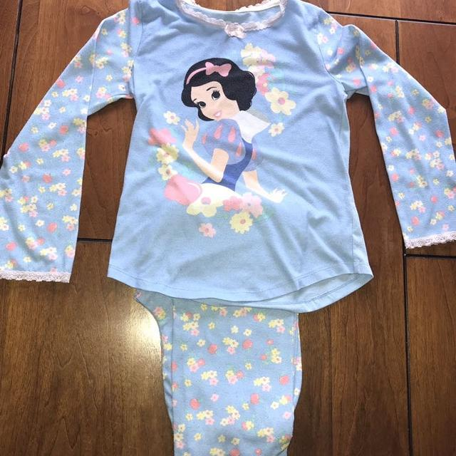 eef52d819 Find more Disney Store Snow White Pjs for sale at up to 90% off