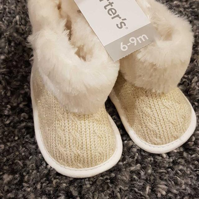Find more Bnwt Carter s Brand 6-9 Month Slippers Or Boots With ... 49a2642ad3b9