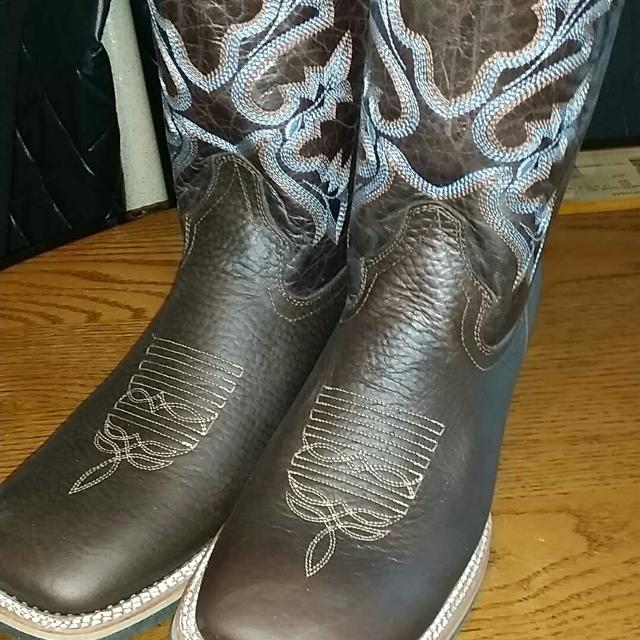 Best Cowboy Boots Size 9 And A Half for sale in Airdrie 5166e620b