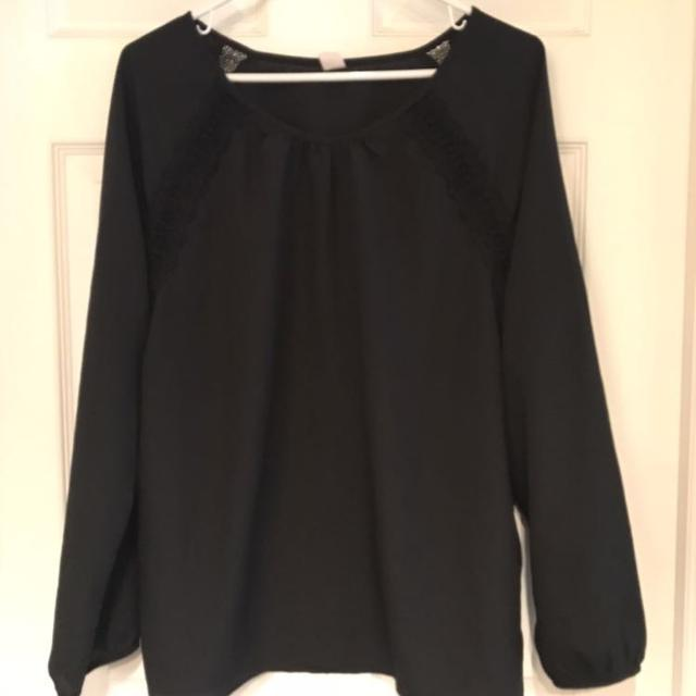 aabb3baea00 Best Old Navy Black Top With Lace Detail for sale in Airdrie ...