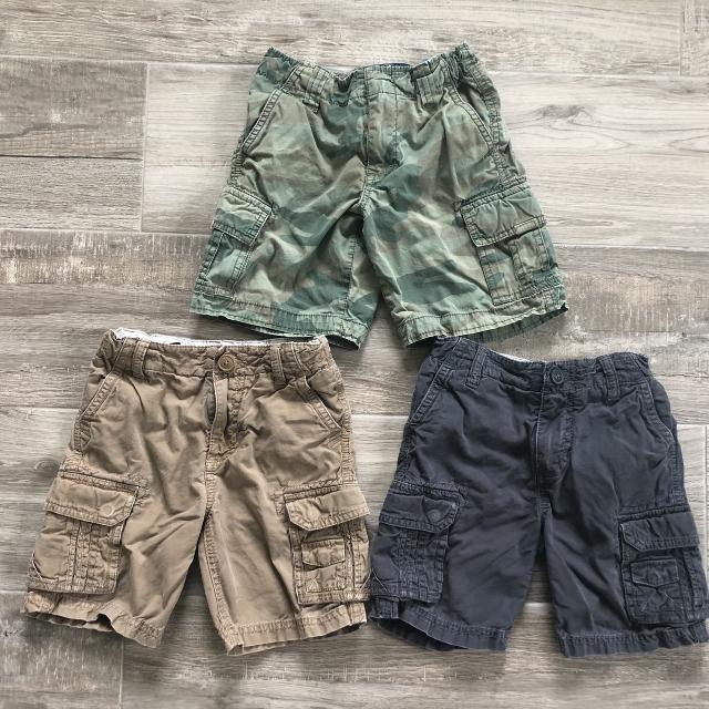 79b6c633f05 Find more Lot Of 3 Boys Cargo Shorts. Size 4/5. Brand Is 77kids By ...