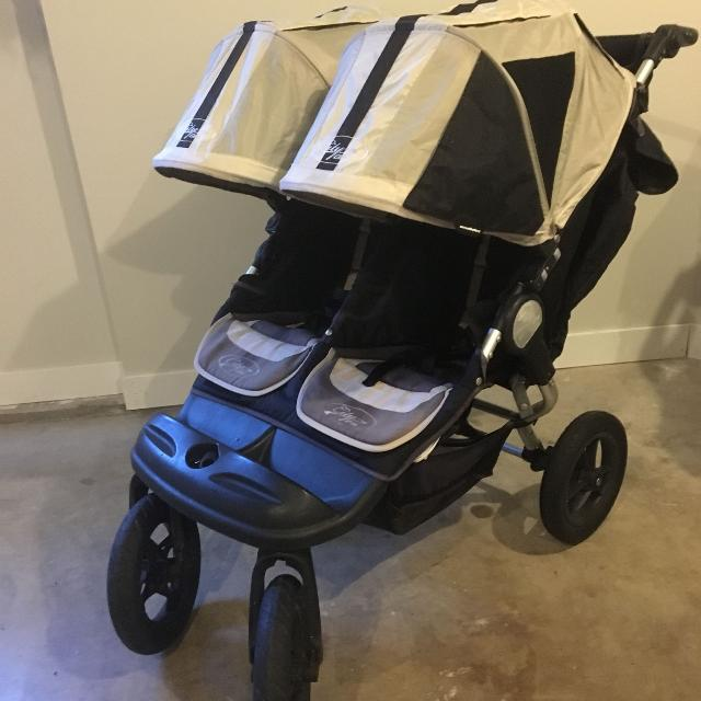 Baby Jogger City Elite Double Stroller Great Condition 250 Obo