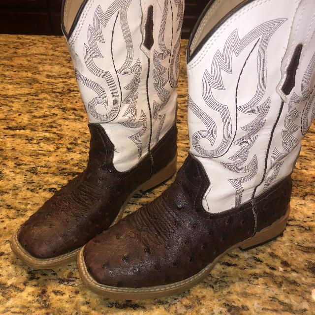 cf032843f15 Boys size 2 roper boots in good condition Ostrich Faux