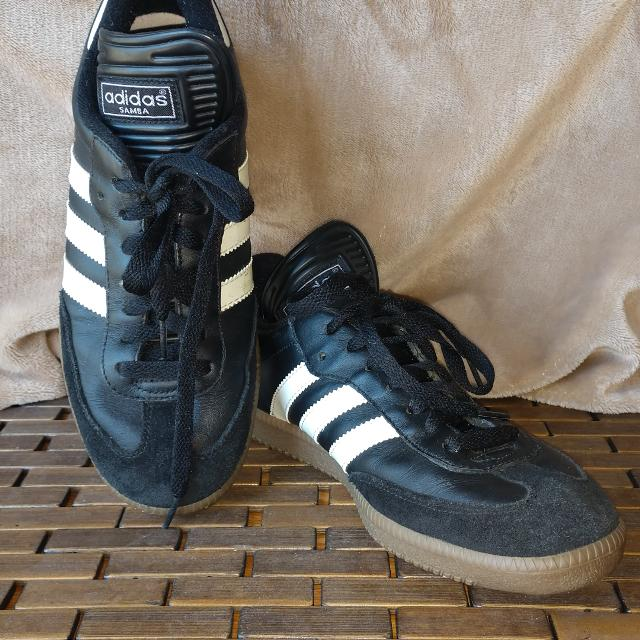 a8764c1a6 Best Adidas Samba Classic Leather Indoor Soccer Shoes for sale in Piatt  County