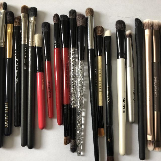 Best Eyeshadow Brushes 12 Each See Ad For Price For Sale In