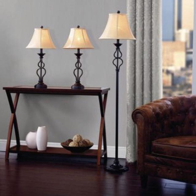 Brand New Hometrends Iron Wave Table Floor Lamp Set