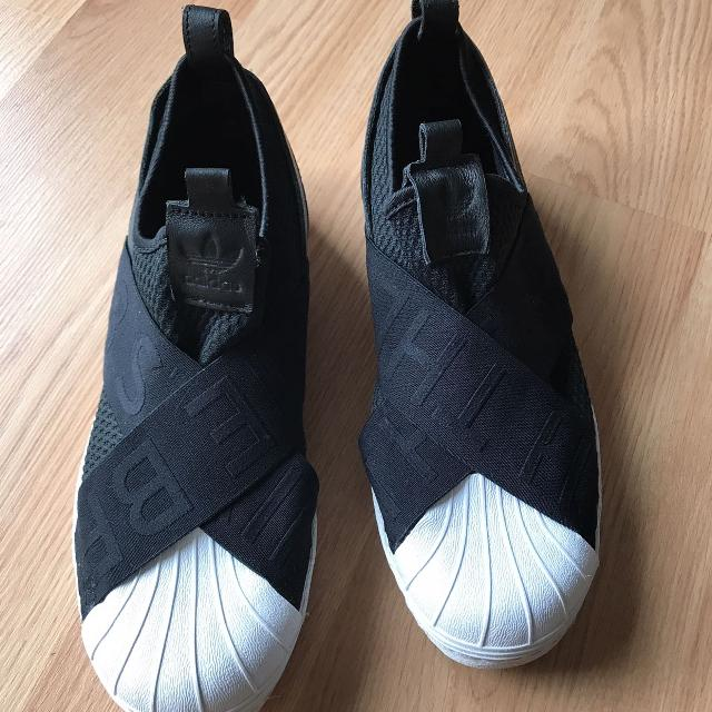 newest 18f4f 29799 ALMOST NEW ADIDAS SUPERSTAR SLIP ONS