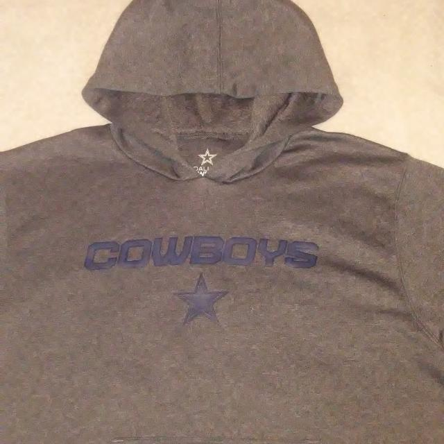 official photos f0bcb 0e780 ,, Dallas cowboys authentic UNISEX light weight sweater 100% polyester  material size YOUTH L ( 16-18 ) EXCELLENT CONDITION