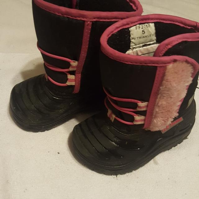 6d756db36df6 Best Toddler Girl Winter Boots Size 5 for sale in Keswick