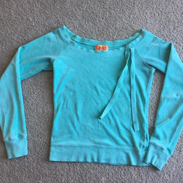 010be5fb757a Find more Juicy Couture Robin-egg Tiffany Blue Velvet Top Sz Small ...