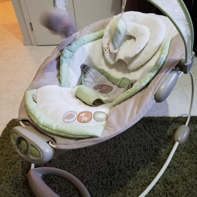5bdc507a8 Find more Euc Baby Bouncer for sale at up to 90% off