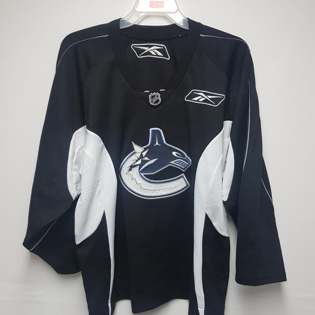Best Vancouver Canucks Practice Jersey for sale in Regina ... 1c491978f4d